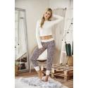 Pyjama top ivoire et pantalon leopard